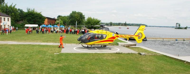 Awaryjne lądowanie samolotu pasażerskiego na Jeziorze Zegrzyńskim