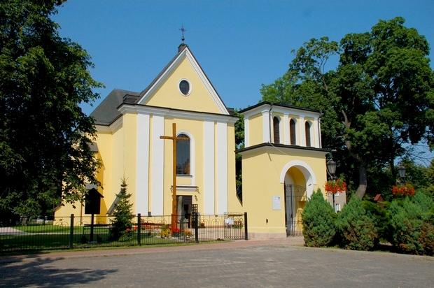 Kościół w Nieporęcie ufundowany przez Jana Kazimierza, 1661 r. -1667 r.